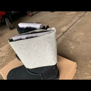 UGG Shoes - Ugg boots size 5